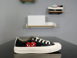 Spring Fall Canvas Shoes Canada - Canvas Skate Shoes Designer Unisex Shoes Spring and Fall Hot Sell Shoes White and Black Available