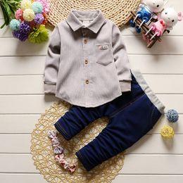$enCountryForm.capitalKeyWord NZ - 2017New Summer Baby Sport Suit 100% Cotton Fashion Design Baby Boys Clothing Set 1 2 Years Old Brand Shirts 2pcs Free Shipping