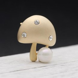 silver scarf clip NZ - Lovely Little Mushroom Brooch Pins Crystal Pearl Corsage Gold Silver Tone Brooches For Women Costume Accessories Scarf Clips Jewelry