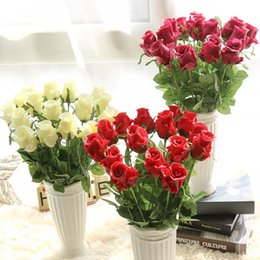 Wholesale Artificial Fresh Rose Flowers Real Touch Latex Flowers Wedding Decoration Flower for Party Table Silk Roses