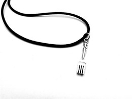 $enCountryForm.capitalKeyWord Australia - Vintage Spoon Fork charm pendant Necklace Simple Kitchen Tool Instrument Charm Pendant Leather Rope Necklaces for Mom Gift Jewelry