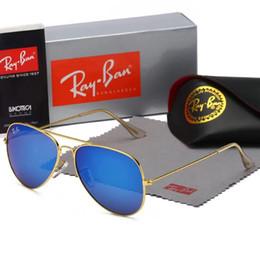Vente en gros Femmes surdimensionné oeil de chat strass lunettes de soleil 8 couleurs grand cadre lunettes de soleil de mode jolies lunettes gros mélodie