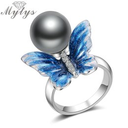 Ring Art Design UK - Mytys New Design Hand Made Blue Art Butterfly with Pearl Rings for Women Brand New Trendy Ring R2006