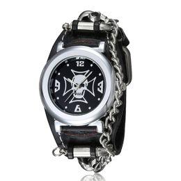 $enCountryForm.capitalKeyWord NZ - Black & White 3D Skull Men Watch Rivet Chain Skeleton Cowboy Men's Wrist Watches Punk Rock Singer Quartz Watch Male Wristwatch