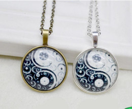 $enCountryForm.capitalKeyWord UK - Glowing Yin Yang Bagua Map Necklace Pendants Charms Choker Collar Statement Necklaces For Women Jewelry Gifts Accessories W185