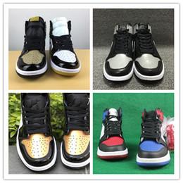 online store 5e057 1be69 Venta al por mayor nuevo 1 alto og oro negro rojo blanco hombres zapatos de  baloncesto mujeres deportes zapatillas de deporte al aire libre zapatillas  con ...