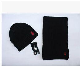 $enCountryForm.capitalKeyWord Canada - 2018High Quality Men And Women Designer Hat Scarf Sets Warm European High-end Luxury Brand Hat Scarf Fashion Accessories