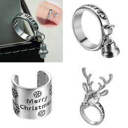Rings deeR head online shopping - European fashion Christmas three piece jewellery set creative Christmas deer head bell snow ring set set