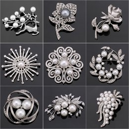 Flower Design For Brooches NZ - Factory Direct Sale Crystal Diamante & Imitation Pearl Fashion Flower Leaf and Deer Brooch Pins for Women in Assorted Designs