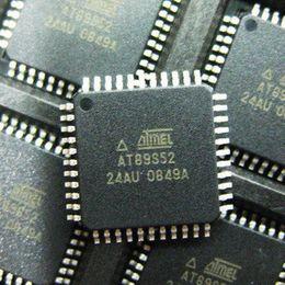 Discount flash drive ic - AT89S52 AT89S52-24AU TQFP-44 8-bit microcontroller 8K Bytes ISP Flash 51 Microcontroller 8051 chip ic High-Performance C