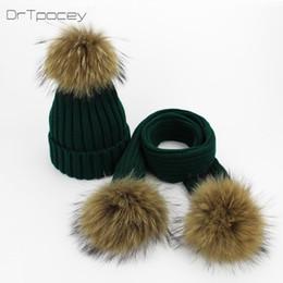 Sombrero para padres e hijos Mujeres Niños Gorros de Pom Pom de invierno  Gorro de punto cálido Sombrero de Bobble Bufanda Set Naturaleza de los  niños ... 3d2d560b2c1