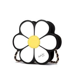 Cross bags for girls online shopping - 2018 NEW FLOWER Fashion Designer Leather Shoulder Bag For Women Casual Cross Body Purses For Girls Bags Store