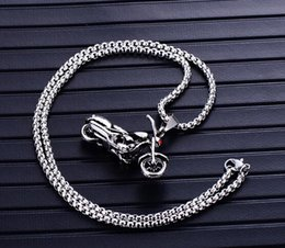 vintage motorcycle chain 2019 - free Men's motorcycle titanium steel pendant vintage punk stainless steel soul chariot necklace hot fashion accesso