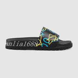 Chinese  2018 mens fashion Star Print leather slides sandals with thick rubber sole male summer outdoor beach trek slippers manufacturers