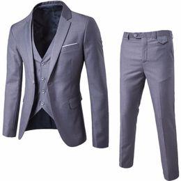 $enCountryForm.capitalKeyWord Canada - 2017 New Groomsmen Notch Lapel Groom Tuxedos Men Suits Wedding Best More Color Man Blazer (Jacket+Pants+Vest) z30
