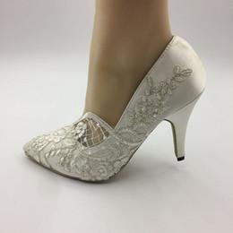 $enCountryForm.capitalKeyWord Australia - Handmade Wedding shoes Waterproof Ivory bride wedding Pointed Toe dresses diamond lace Pearl manual wedding BRIDAL HEEL shoe NEW EU 35-42