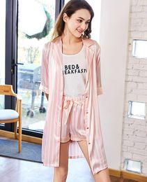 8cca93fc54 Pantaloncini a manica lunga casual da donna primavera vendita calda  Pantaloncini a tre pezzi in poliestere rosa con pigiama da casa
