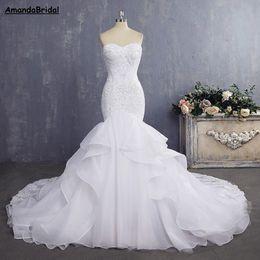 Amandabridal Bride Dress Sexy Sirena Abiti da sposa Sirena Vintage Lace Bridal Gown 2021 con cinghie staccabili strato di piega in Offerta