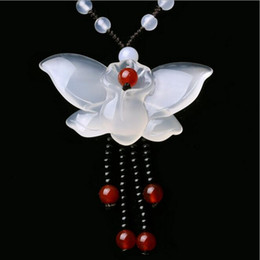 $enCountryForm.capitalKeyWord Australia - Natural White Chalcedony Butterfly Pendant Women's Winter Long Sweater Chain Necklace Genuine Agate Jade Pendant Wholesale
