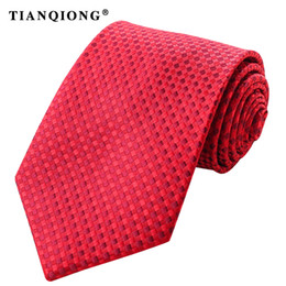 f8f27c2f4572 wholesale Skinny Necktie Polyester Plain Ties for Men Wedding Suit Slim  Classic Solid Color Neck Tie Casual Pure 6cm Red Tie