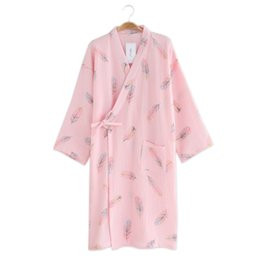 japanese kimono nightgown UK - Sexy feather japanese kimono robes women 100% crape cotton pink long sleeve simple nightgown kimono SPA bathrobes summer thin