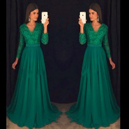 lace emerald long dresses 2020 - Emerald green long sleeve Prom Dress V neck Party Vintage Chiffon beaded modest evening formal gowns wear discount lace