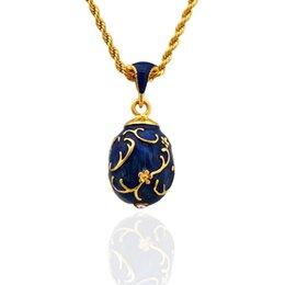 Ingrosso I più caldi gioielli wintersweet ottone smaltato fatto a mano russo Pasqua Faberge uovo ciondolo fascino collana di cristallo regalo per le donne