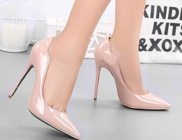 Fine Princess Shoes Canada - Spring And Autumn New Retro Princess Pointed high-heeled Shoes Women Shoes Shallow Mouth Fine With Sexy Elegance .
