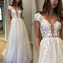 $enCountryForm.capitalKeyWord NZ - 2018 Tulle A Line Wedding Dresses with Lace Applique Plunging Neckline Bridal Gowns Capped Short Sleeves Formal Dress