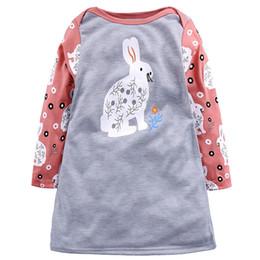 21eb7d24f Cuentos para niños Vestidos de otoño Niñas bebés Impreso manga larga de  remiendo Conejo bordado ciervos Perros erizo Mouse Goose Dots Vestido 1-8T