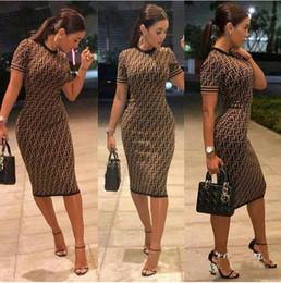 2018 femmes robe sexy de fête Nouveau produit Social Contact populaire  numéro de vent Robe Double d900e52b6649