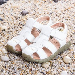 Ingrosso All'ingrosso-2018 sandali dei bambini di estate PU scarpe di cuoio per i ragazzi Baotou marea bambino Toddler scarpe primo walker spedizione gratuita 1193