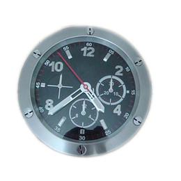 Venta al por mayor de 2018 Brilliant Cool Home Decor Reloj de pared digital Acero Metal Sweeping Reloj de segunda mano Reloj Luminova