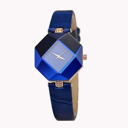 Chinese  Women Watches Gem Cut Geometry Crystal Leather Quartz Wristwatch Fashion Dress Watch Ladies Gifts Clock Relogio Feminino 5 color manufacturers
