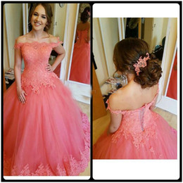 crystal ball for show UK - Coral Applique Lace Off Shoulder Prom Dresses Tulle Floor Length Lace-up Back Formal Party Gowns For Quinceanera Buyer Showed Hot Sale