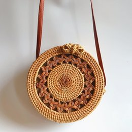 bags for cell phones christmas UK - Summer Crossbody Bags For Women 2018 Luxury Handbags Women Bags Designer Famous Brand Ladies round Beach Bag Wicker Straw Bag