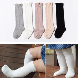 Boys Toddlers Socks Canada - 6 pairs lot Children Baby Tube Ruffled Stockings Girls Boys Uniform Knee High Socks Infants and Toddlers knitting Cotton Pure Color 0-3T