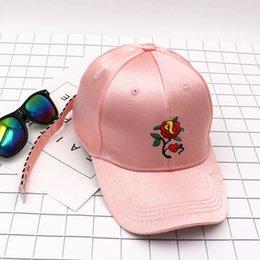 YWMQFUR neuer Art-Frühlings-Sommerdame-Baseballmützequalitätsart- und weiseblumenstickereifrauenhut heißes Einzelteil geben Verschiffen frei