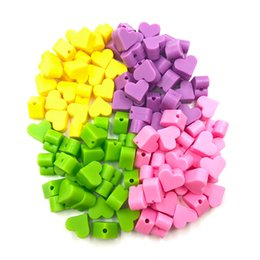 $enCountryForm.capitalKeyWord Canada - 50PCS Heart Silicone Beads Baby Teether DIY Teething Necklace Jewelry Accessories Heart Chewing Beads Pacifier Clip Loose Bead Food Grade