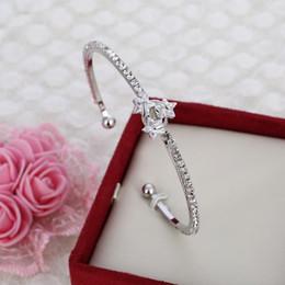 Großhandels- Art- und Weisesilber überzogenes dünnes Armband-Kristallstern-Manschetten-Armband Bestes Geschenk für Frauen geben Verschiffen-Armbänder frei
