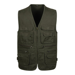 Chinese  Spring and autumn new cotton men's vest high quality photography large size casual multi-pocket vest dad thin sectionP55 manufacturers