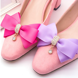 Shop wedding shoes flats wholesale uk wedding shoes flats 1 piece classical elegant rhinestone shoes accessories for womens wedding shoes detachable bowknot crystal shoes decoration junglespirit Image collections