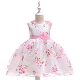 Chinese  2018 new collection Dress girls Christening Gown print flower dress size from 70cm to 90cm 3 pcs a lot high quality work manship manufacturers