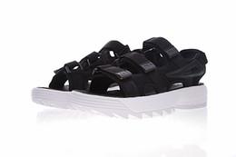 new concept 30bf6 2e824 Nouvelle mode fila hommes femmes Sandales noir blanc rouge Anti-glissement  désert summer sneaker extérieur pantoufles Soft Wear chaussures Beach  sandales
