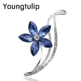 Flower Design For Brooches NZ - 3 colors choose CZ rhinestone flower brooches for women simple design fashion jewelry wedding pins and brooches high quality
