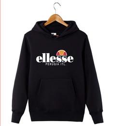 Großhandel Mens Bekleidung August neue Hoodies schwarz grau mit Kapuze Pullover Briefe drucken lose Trainingsanzug Sweatshirt Mens Hoodies plus Größe M-4XL