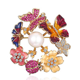 Chinese  Crystal Wreath Assorted Butterfly Brooch Pins Flower Fashion Costume Jewelry for brooches Corsage Women or Girls manufacturers