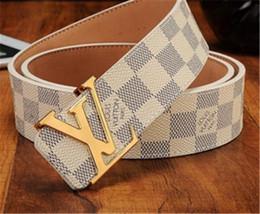 Venta al por mayor de 2017 cinturones de diseño para hombre HOT cinturones de cuero para hombres cinturones de hombres de cuero genuino underquote famosa marca de buena calidad