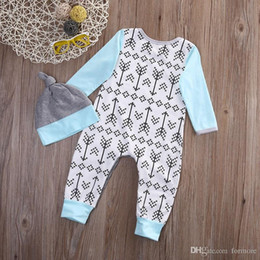 boutique clothes Canada - Baby Girl Boys Pajamas Set Children's clothing set Christmas Boutique Clothing Baby Romper Long Sleeve Jumpsuit Hat Boy Clothes Large C