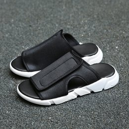 f8f3258125c0 Men summer shoes designer slippers Beach outside leisure cork slippers  fashion couple slippers flip-flops sandals comfortable footwear